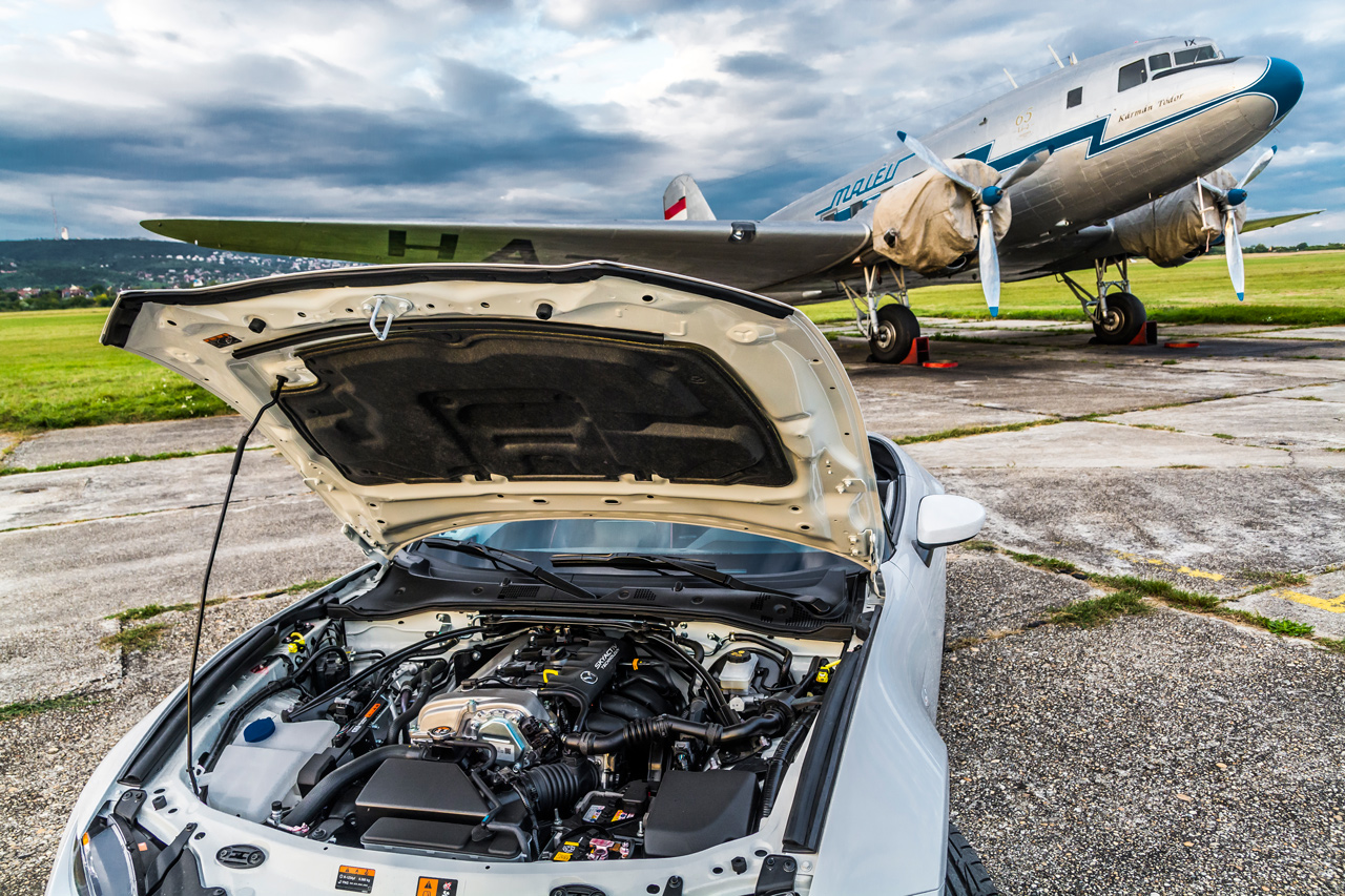 A kétliteres motor és az egyéb kiegészítők miatt a G160 forgalmi engedélybe jegyzett saját tömege 1015 kilogramm