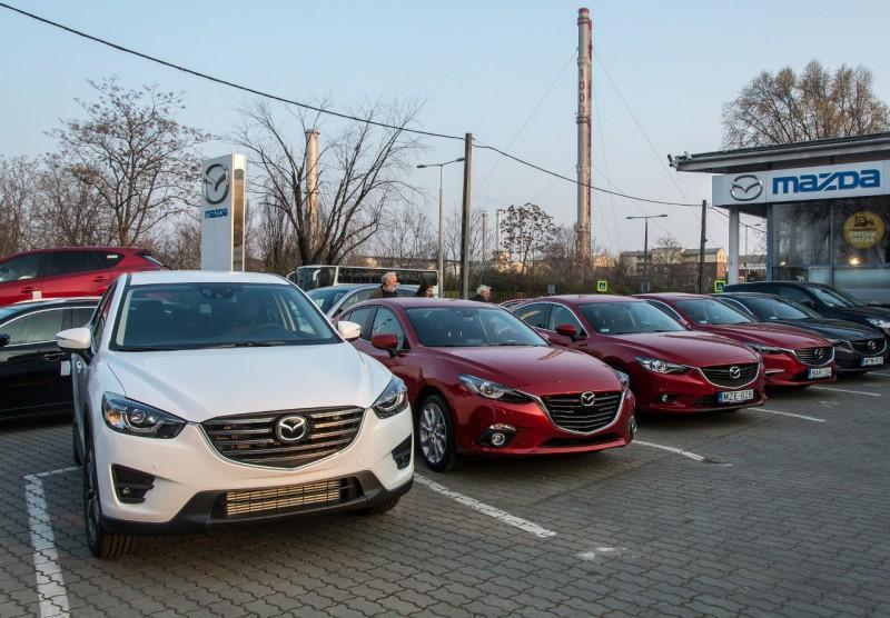 Felsorakoztak a Mazda család tagjai