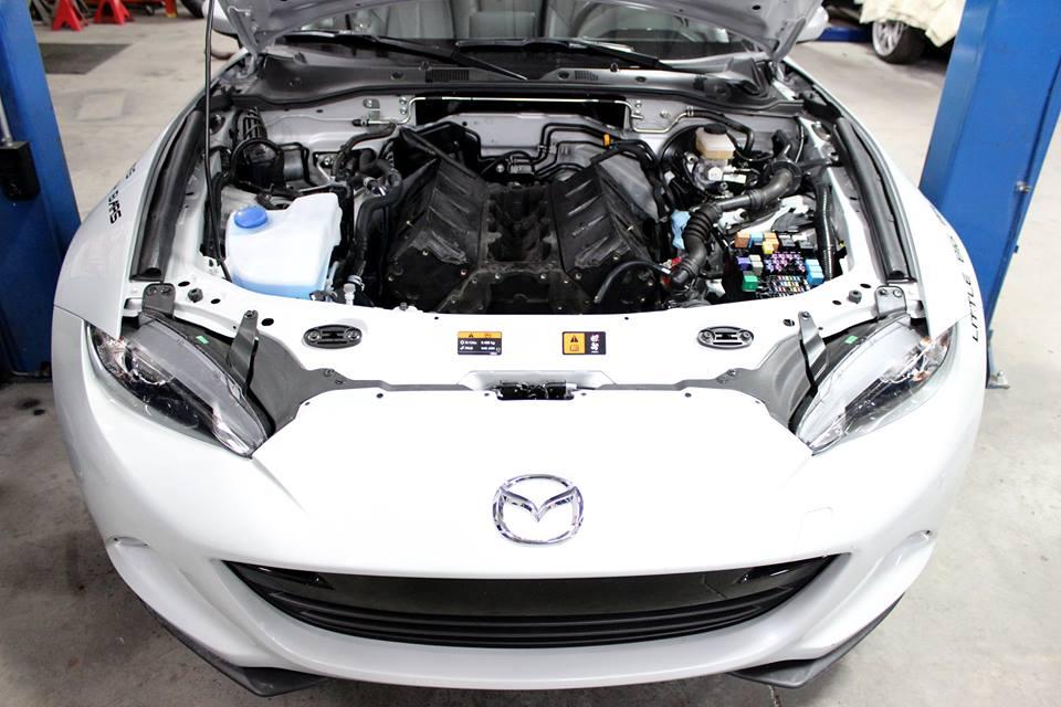 Még csak terv, de már így áll a V8-as az MX-5-ben