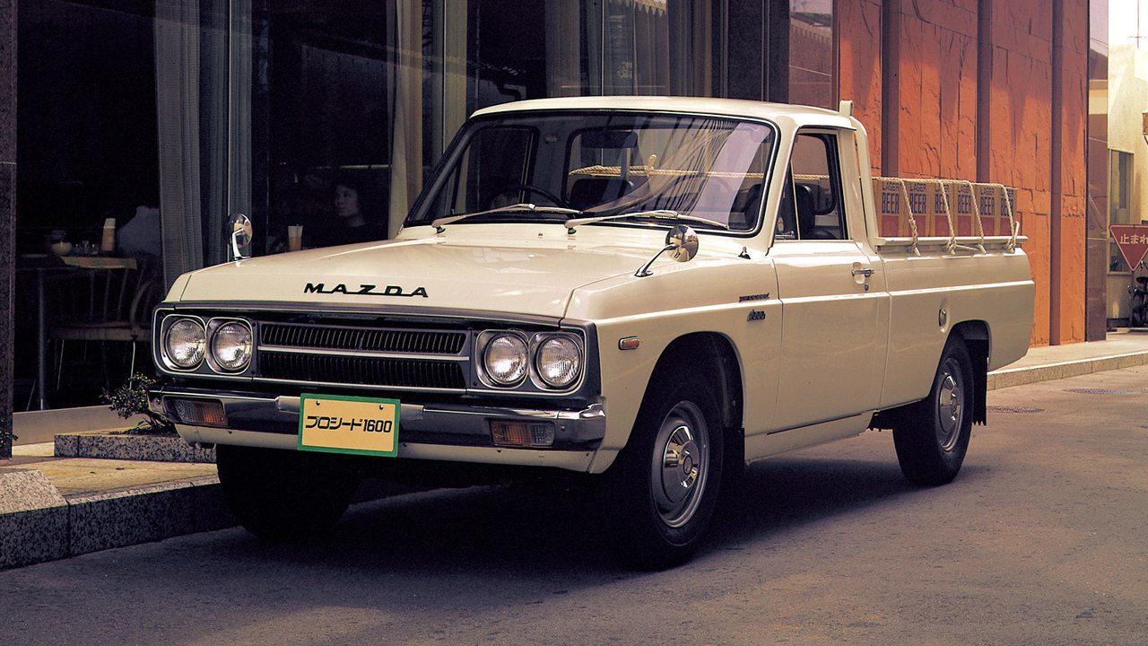 BUD61 gyári kóddal érkezett a Mazda pickup sorozatának második generációja