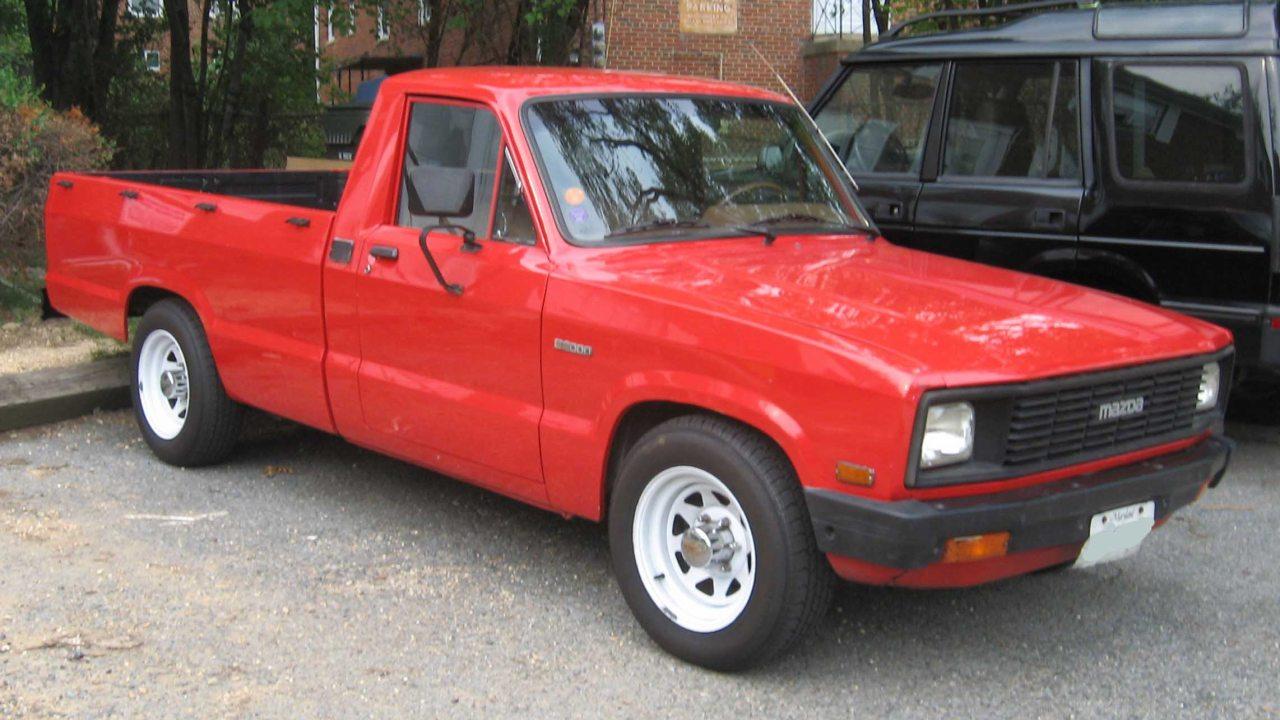Mazda B2000 az 1980-as évekből. 1979 és 1982 között elektromotoros pickupok is készültek Mazda alapokra, ám ehhez csak a gyári motor nélküli karosszériát vásárolta meg az átalakítást végző vállalat