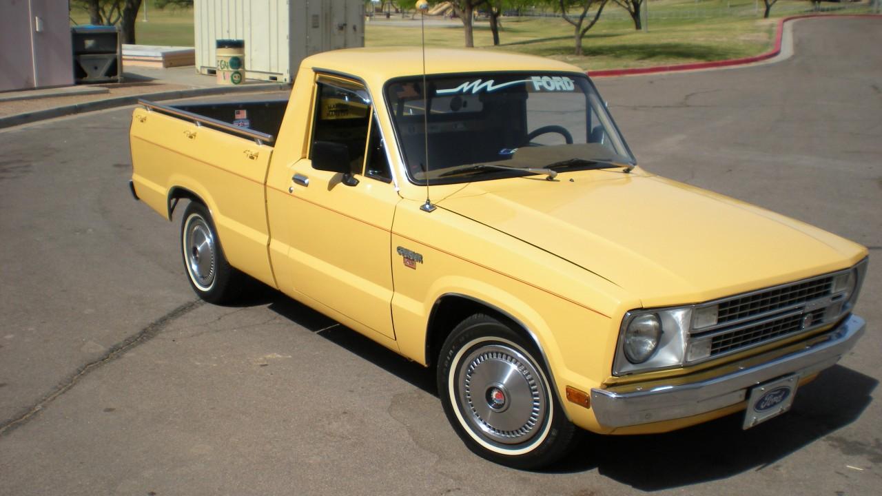 Gyártásának utolsó évében, 1982-ben, már szervokormánnyal árulták a Mazda-féle Ford Couriert