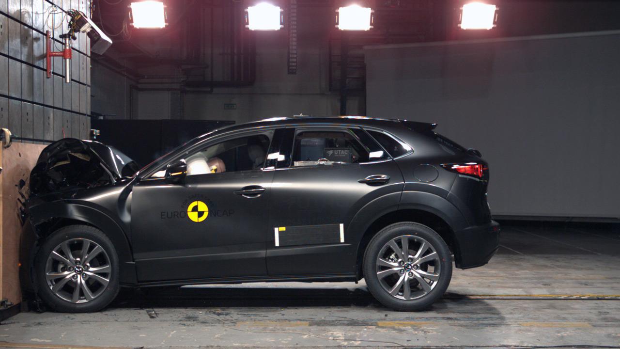 Jelenleg a CX-30 a világ legbiztonságosabb autója a saját kategóriájában