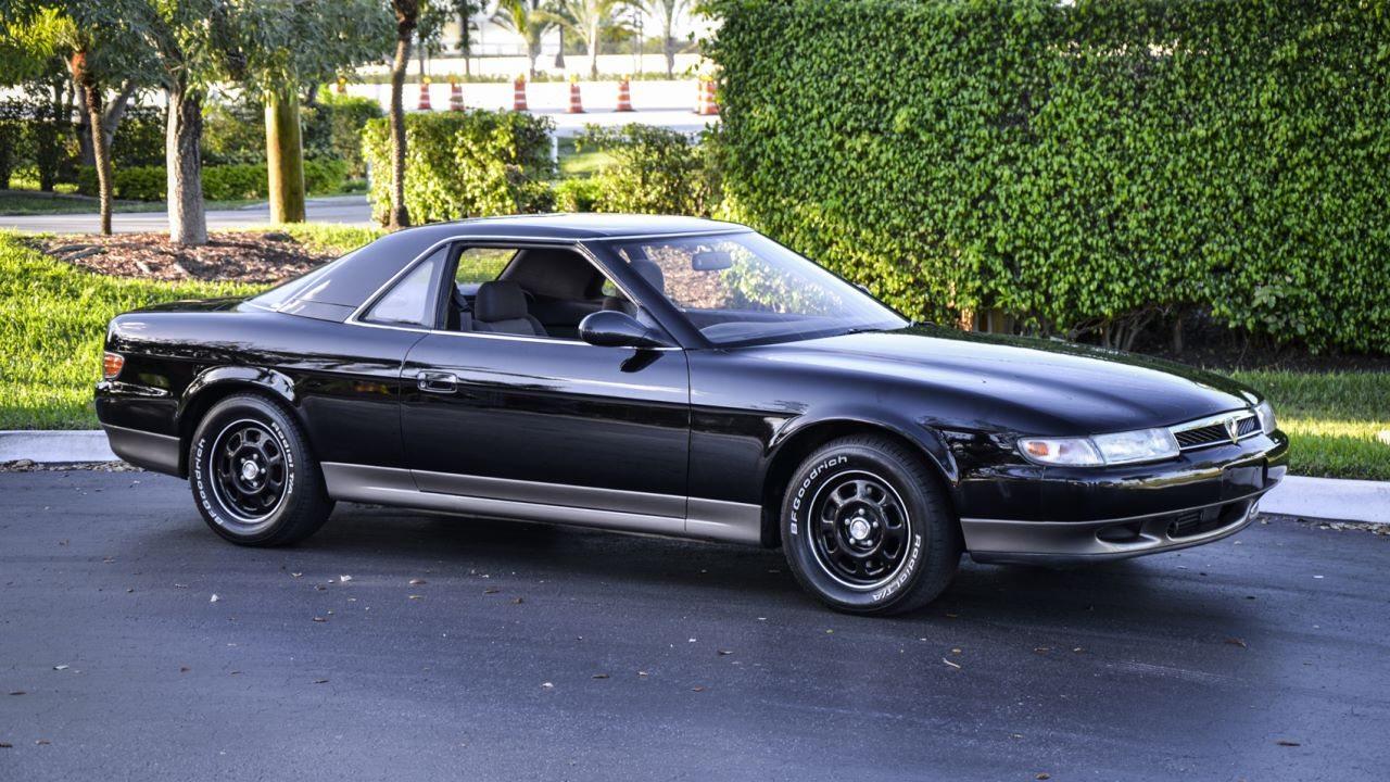 Az Eunos 300 mellett a Cosmo is méltó arra, hogy később még egy önálló bejegyzést szenteljünk kettőjüknek itt a Mazdablogon
