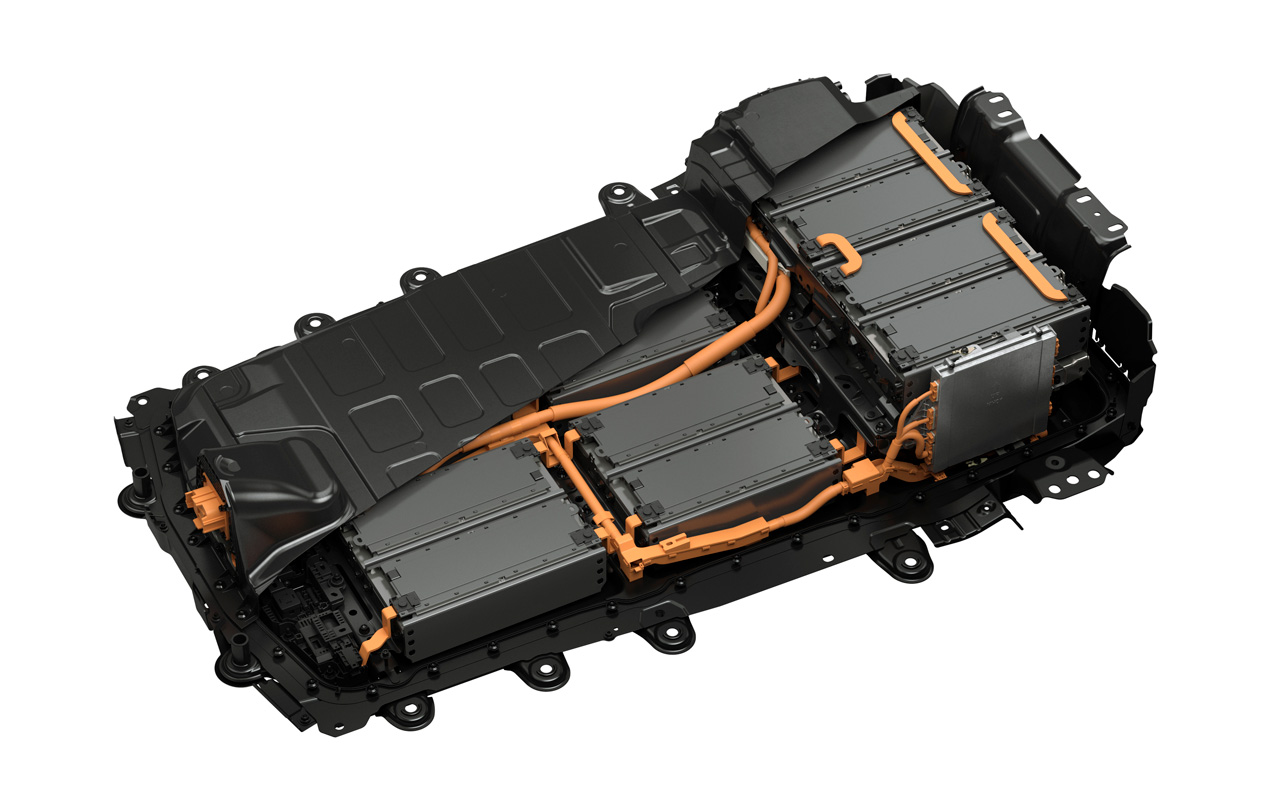 A Mazda elve az, hogy a megfelelő méretű akkumulátopakkot szereli az adott autóhoz