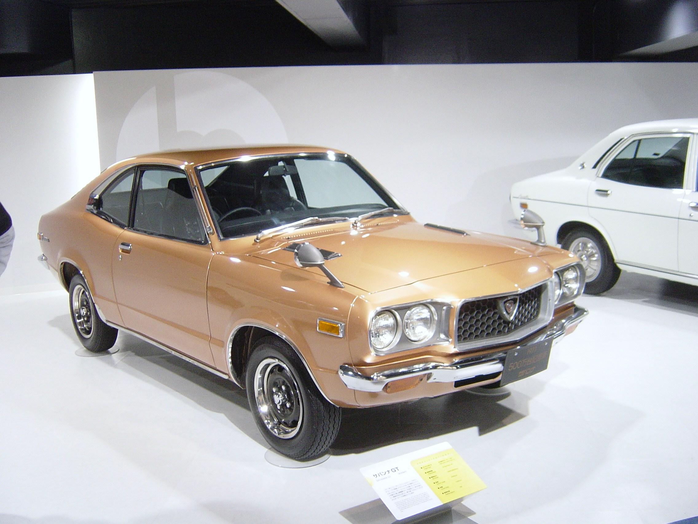 A hármas a Mazda RX-3 esetében is kompakt típust jelölt, akárcsak manapság