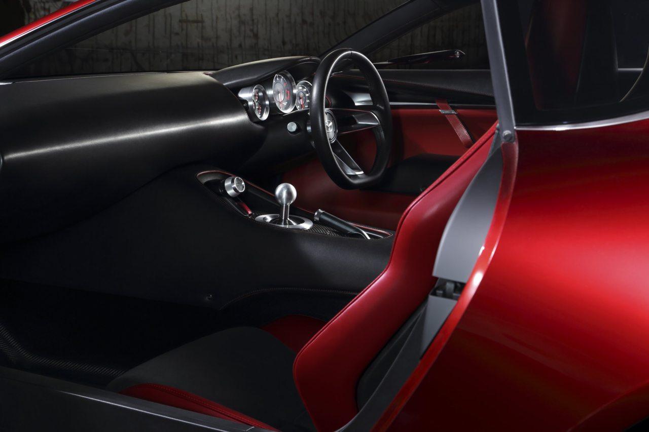Utasterében is izgalmas a Mazda RX-VISION