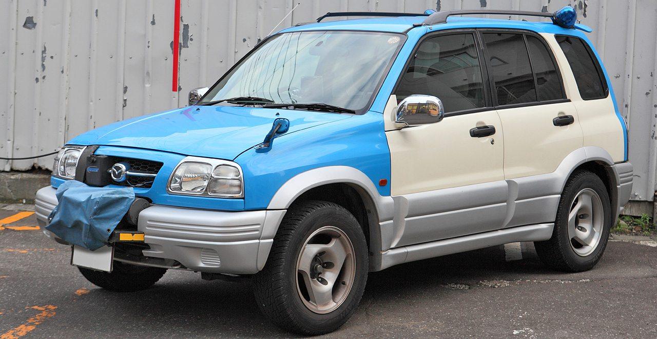 A Suzuki Vitara Mazda emblémás változatai Proceed Levante néven kerültek forgalomba